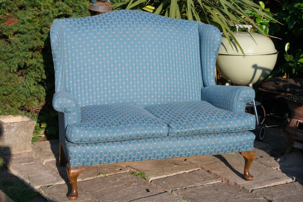 Vintage 1930 S Parker Knoll Wing Back 2 Seater Sofa Queen Anne Style Chair Nice Chaise Sofa Antique Furniture Chair