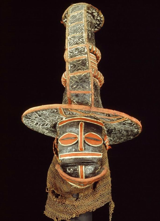 Africa   Mask from the Chokwe people of DR Congo   Pitch, raffia, resin, pigment, vegetal fibre, paper, textile   ca. 1931; collected in Lualaba, Katanga.    ©African Museum, Belgium