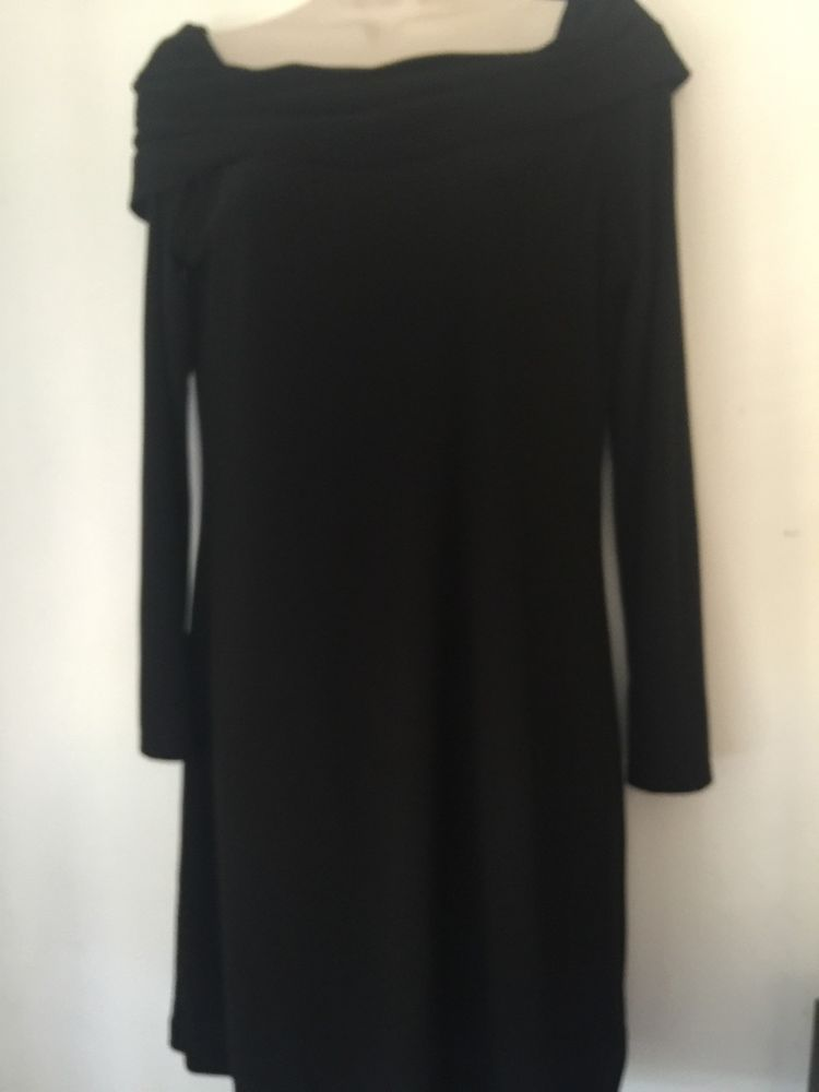 Woman's Ponte Black Cocktail Dress Long Sl Scoop Neck WHITE HOUSE BLACK MARKET M #WhiteHouseBlackMarket #Sheath #LittleBlackDress