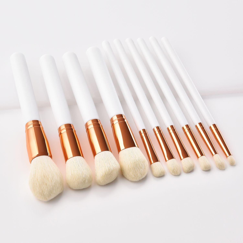 White/gold kabuki makeup brushes set available wholesale