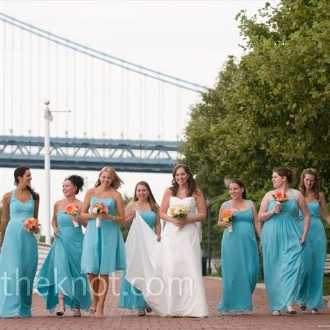 The Bridesmaids Wore Diffe Styles Of Long Chiffon Dresses In Pool Blue And Silver