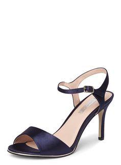 18aed927a1b3   Showcase Wide Fit Navy  Senorita  Sandals