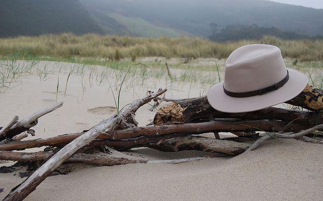 Playa 1280x800 by Sombrerería Albiñana