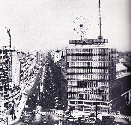 Piazzale Loreto negli anni Cinquanta, il palazzo Coin in costruzione   da Milàn l'era inscì