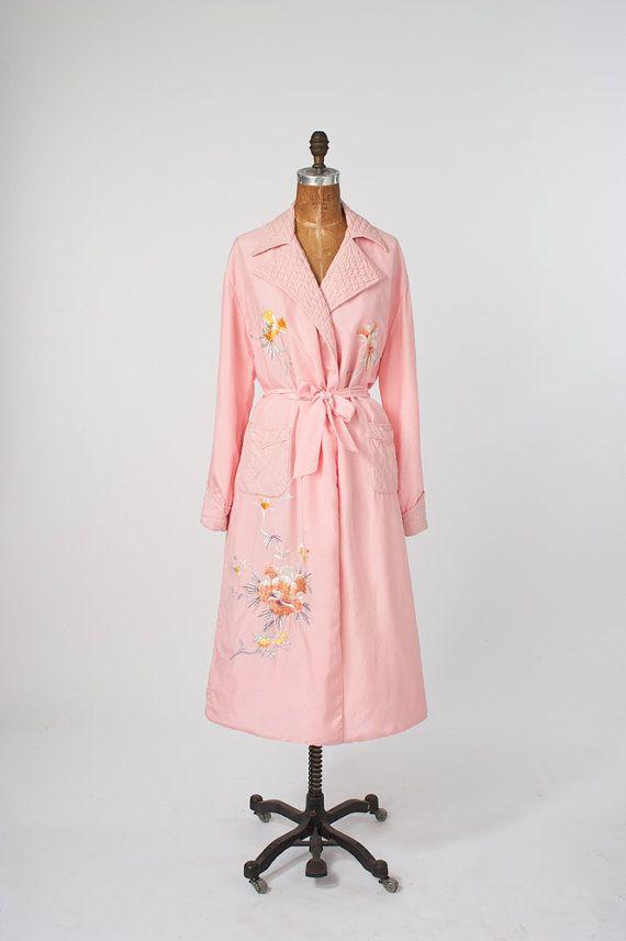 1940\'s Pink Silk Embroidered Robe Vintage Lingerie 40\'s lingerie ...