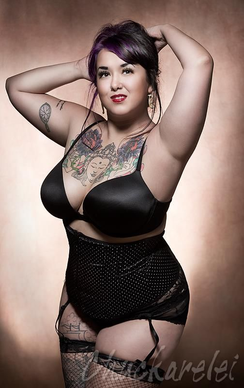 Prettyplussize brandy rage sexy tattoo girls pinterest curves curvy and tattoo - Tattooed pin up models ...