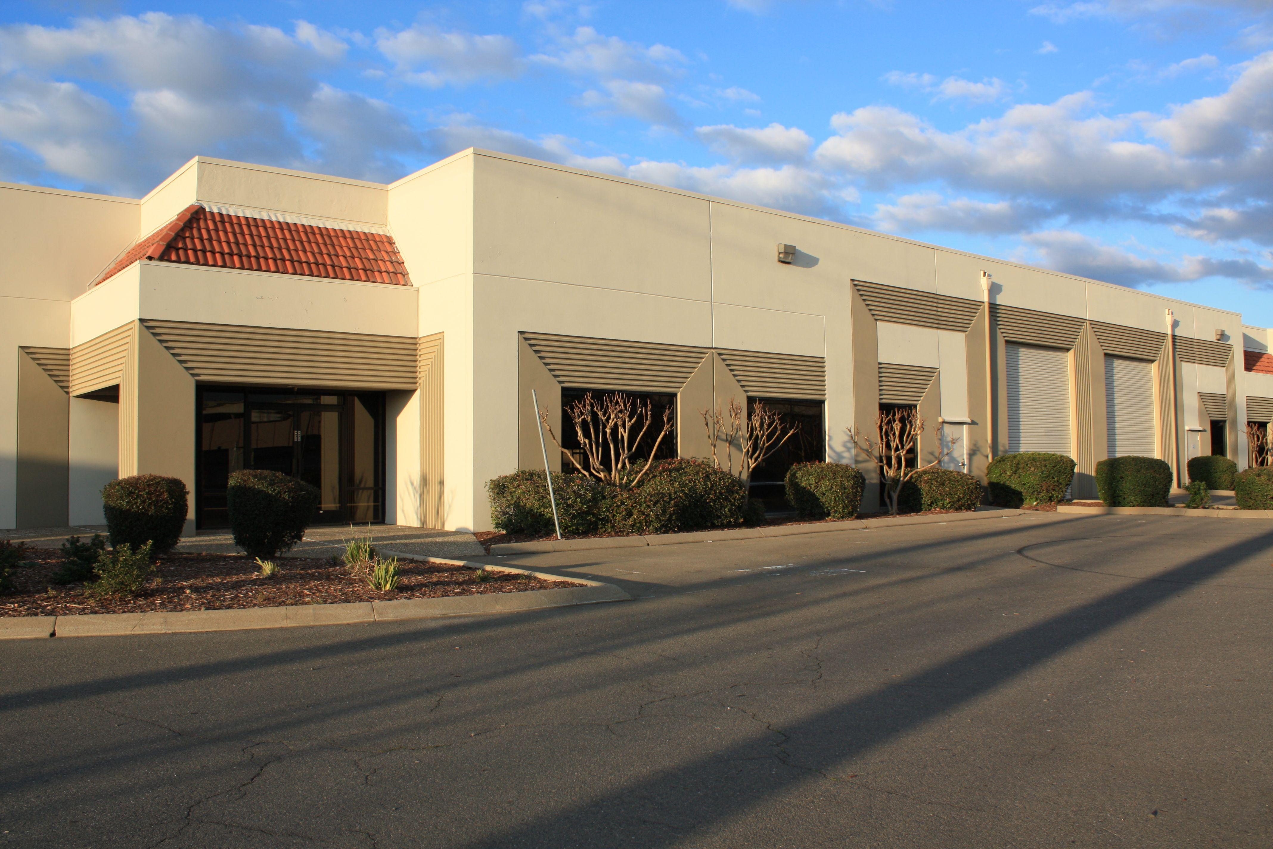 West Sacramento, CA -  3920 West Capital, West Sacramento, CA 95691  26,882 SF Available www.buzzoates.com | Zac Sweet 916.379.3828
