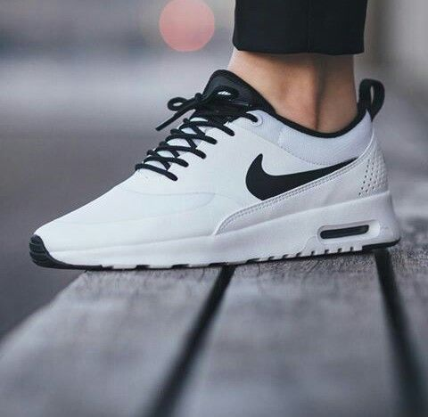 nike air max thea black/white mens suit