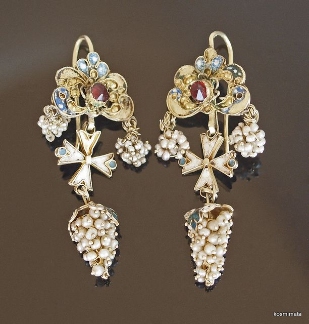 18th cent. Seed Pearl, Gold and Enamel Earrings