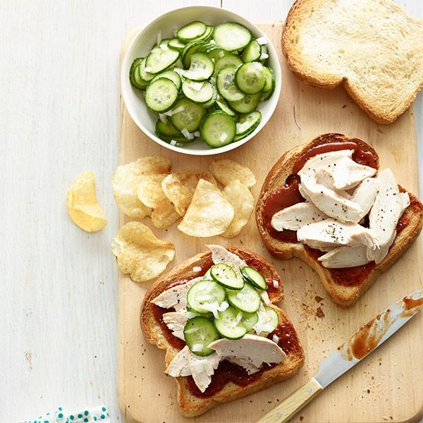 #Sandwich with #BBQ #sauce and #pickled #cucumber.  #Yummy #Foodporn #PicOfTheDay #Pinteresting #Pinterest #PinOfTheDay #Foodie #Food