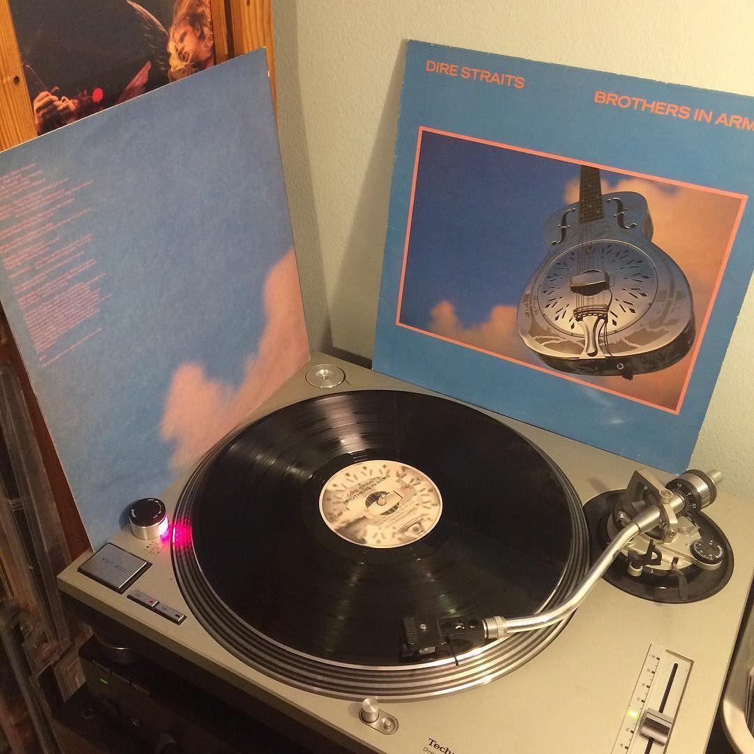 AOR? So what?! Great album! #direstraits #markknopfler #lp #vinyl #vinyyli #vinylclub #vinylporn #vinylmania #vinyladdict #vinyligclub #vinyljunkie #vinyylilevy #vinylrecords #vinylcollector #vinylcommunity #vinylcollection #vinylcollectionpost #records #recordcollector #recordcollection #äänilevyonystävä #spinning #33rpm #nowspinning #instavinyl by lallioomanen