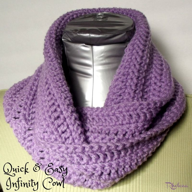 FREE crochet pattern for the Quick and Easy Infinity Cowl. The ...