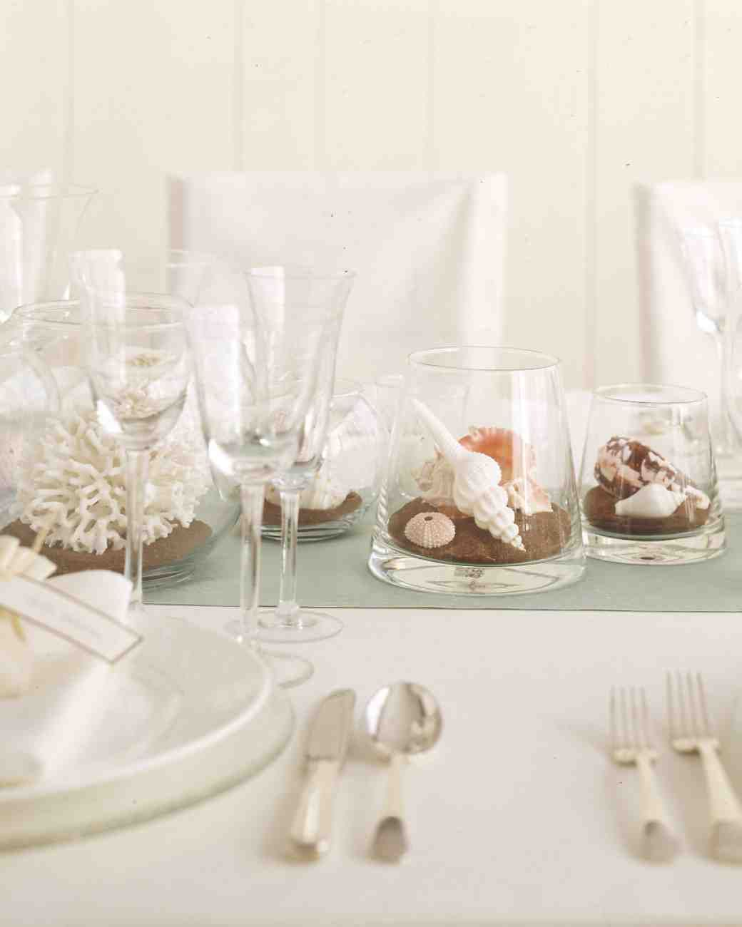 Affordable Wedding Centerpieces That Still Look Elevated | Beach ...