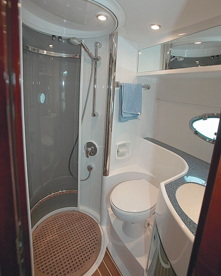 Small Bathroom The Interior Is Small And Cozy Boat Interior Design Daily Home Decorations Boat Interior Design Modern Small Bathrooms Tiny House Bathroom