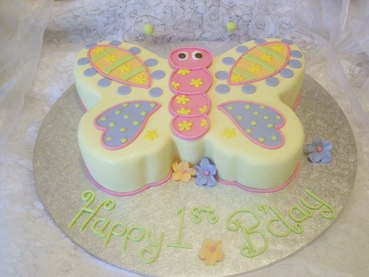 1st birthday cake for a little girl all i was told on the phone