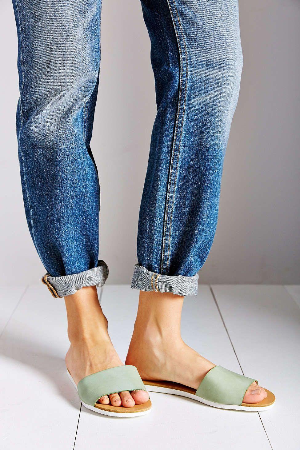 BDG Cori Slide Sandal