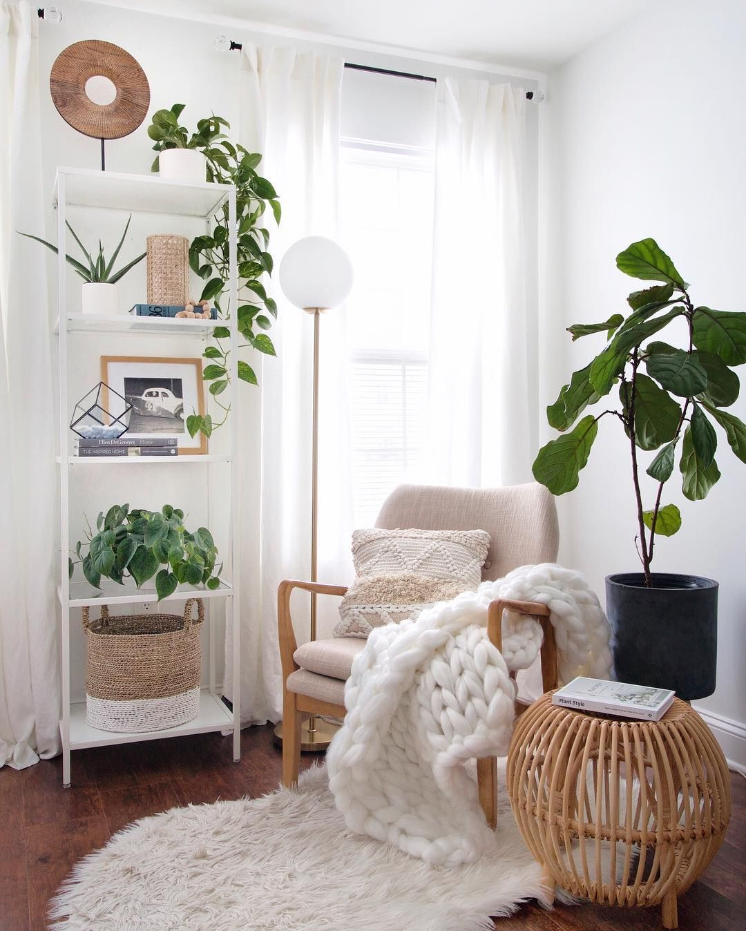 Kim Christian On Instagram It S A Need To Be Cozy Kind Of Day Give Me All The Layers Lots And Lots Living Room Corner Home Decor Bedroom Apartment Decor