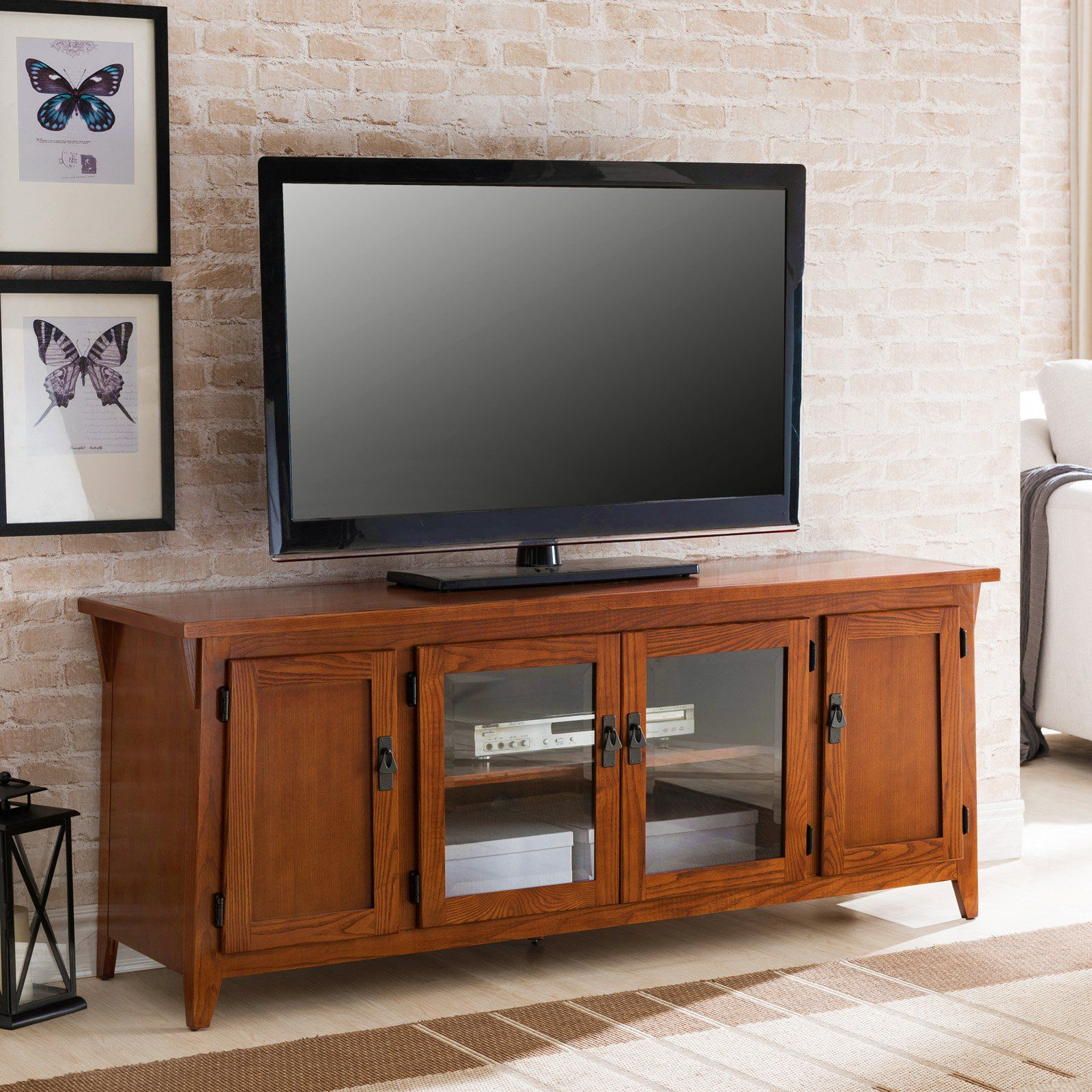Leick Furniture Canted Side 60 In 4 Door Tv Console 82560