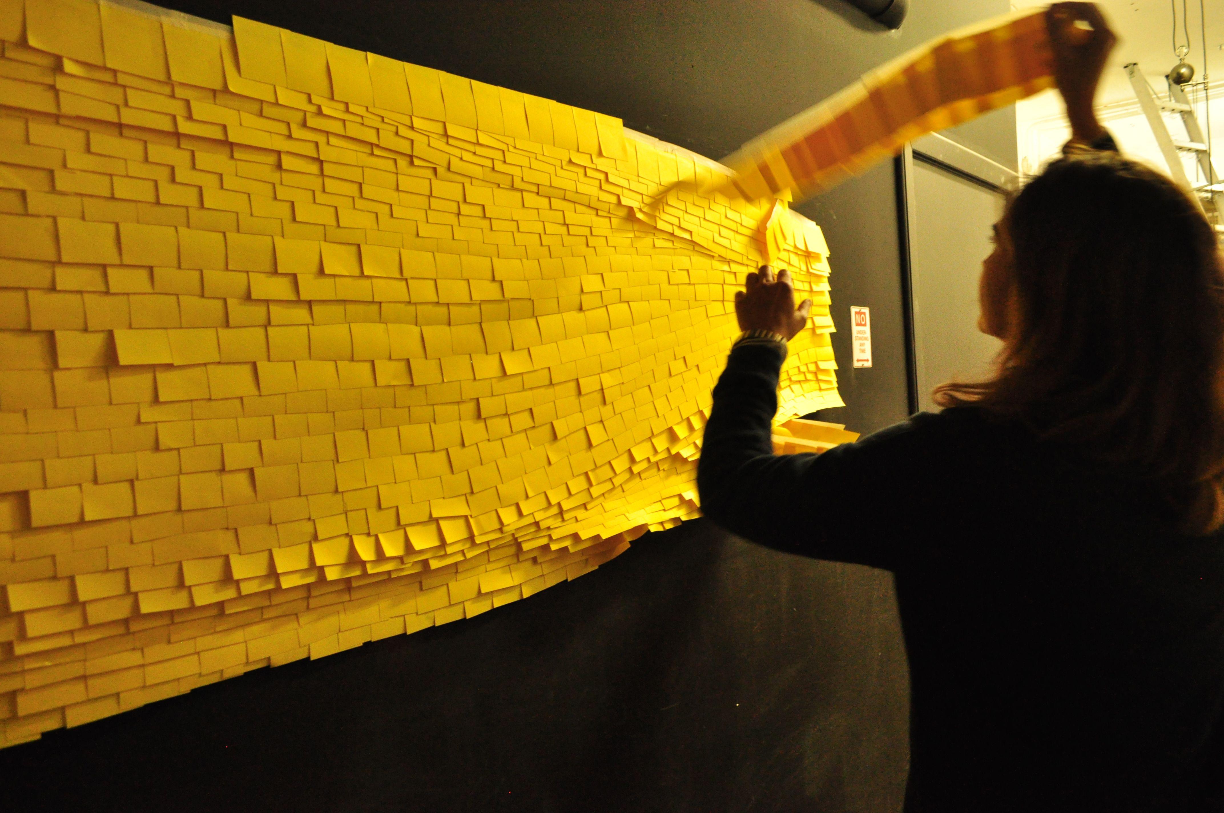 ¡Nuestro mural de Post-it llegando a su fin!