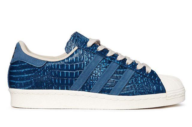 adidas superstar degli anni '80 (tribù blu, scarpe da ginnastica sgorbio rettile)