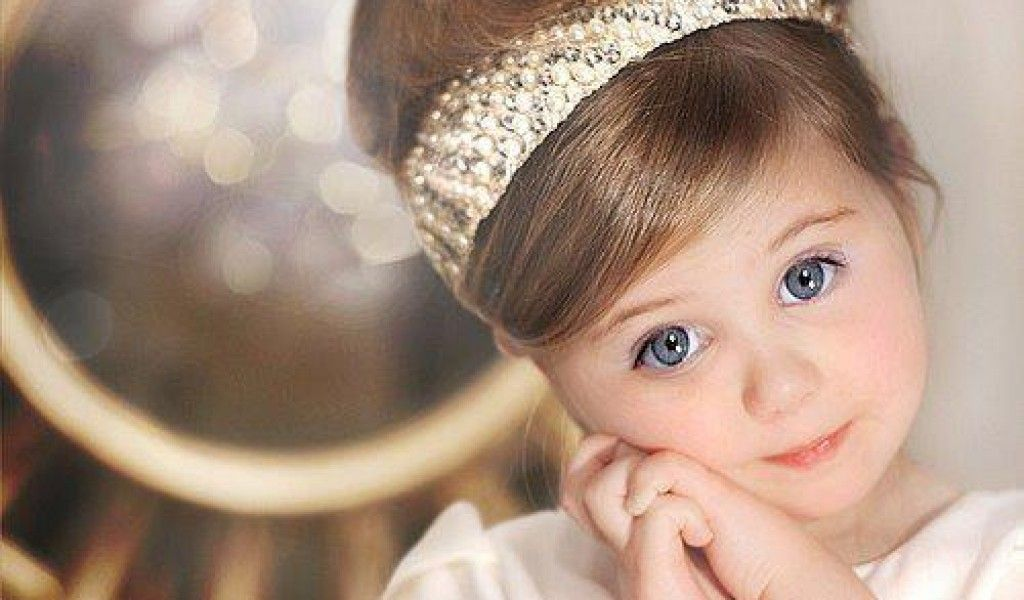 Cute Baby Girls Wallpapers Hd Pictures One Hd Wallpaper Pictures Cute Baby Girl Wallpaper Cute Baby Wallpaper Baby Girl Pictures Baby pictures wallpaper full hd