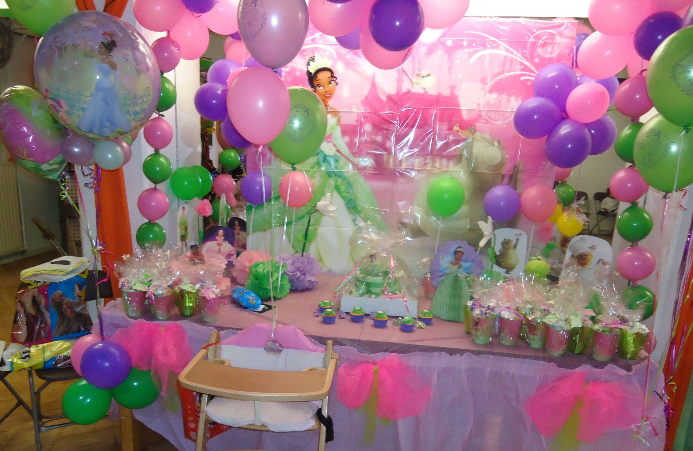 Princess Tiana birthday table decoration Princess Tiana