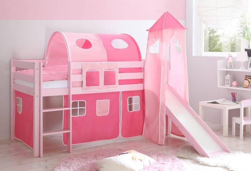 Bijzondere variant van de Malte halfhoogslaper met glijbaan en toren: het bedframe is roze gelakt.