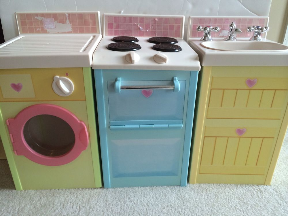 Rose petal cottage kitchen by playskool play sink stove for Playskool kitchen set