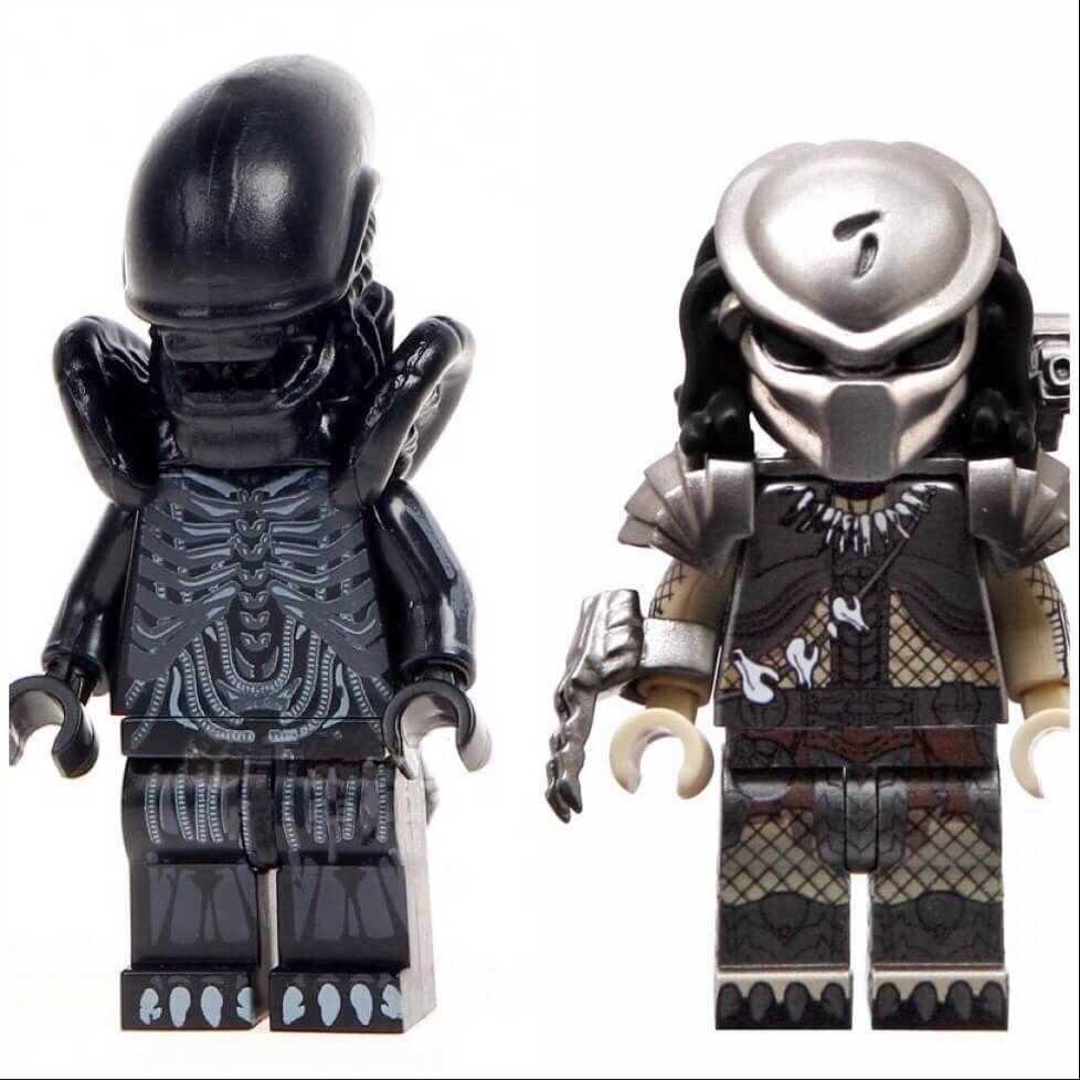 Genuine Lego Mini figure Alien Avenger from  series 9