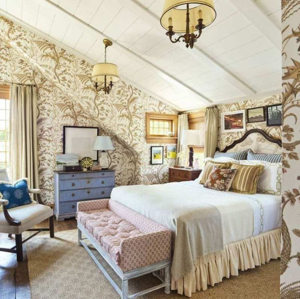 Awesome Above The Bed Beach Themed Decor Ideas Cottage Style Bedrooms Beach House Bedroom Coastal Cottage Decorating