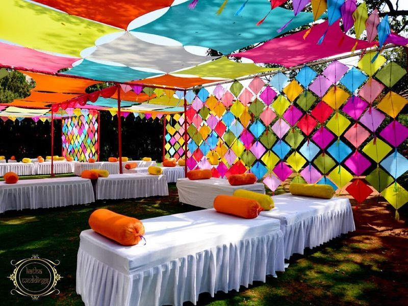 A Fun And Colorful Mehendi Decor Idea With Kites Desi Wedding