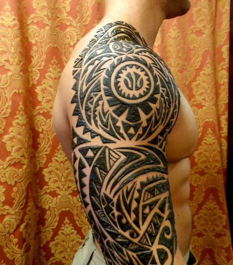 Henna Tattoo mit Maori Motiven für Männer   Henna tattoo