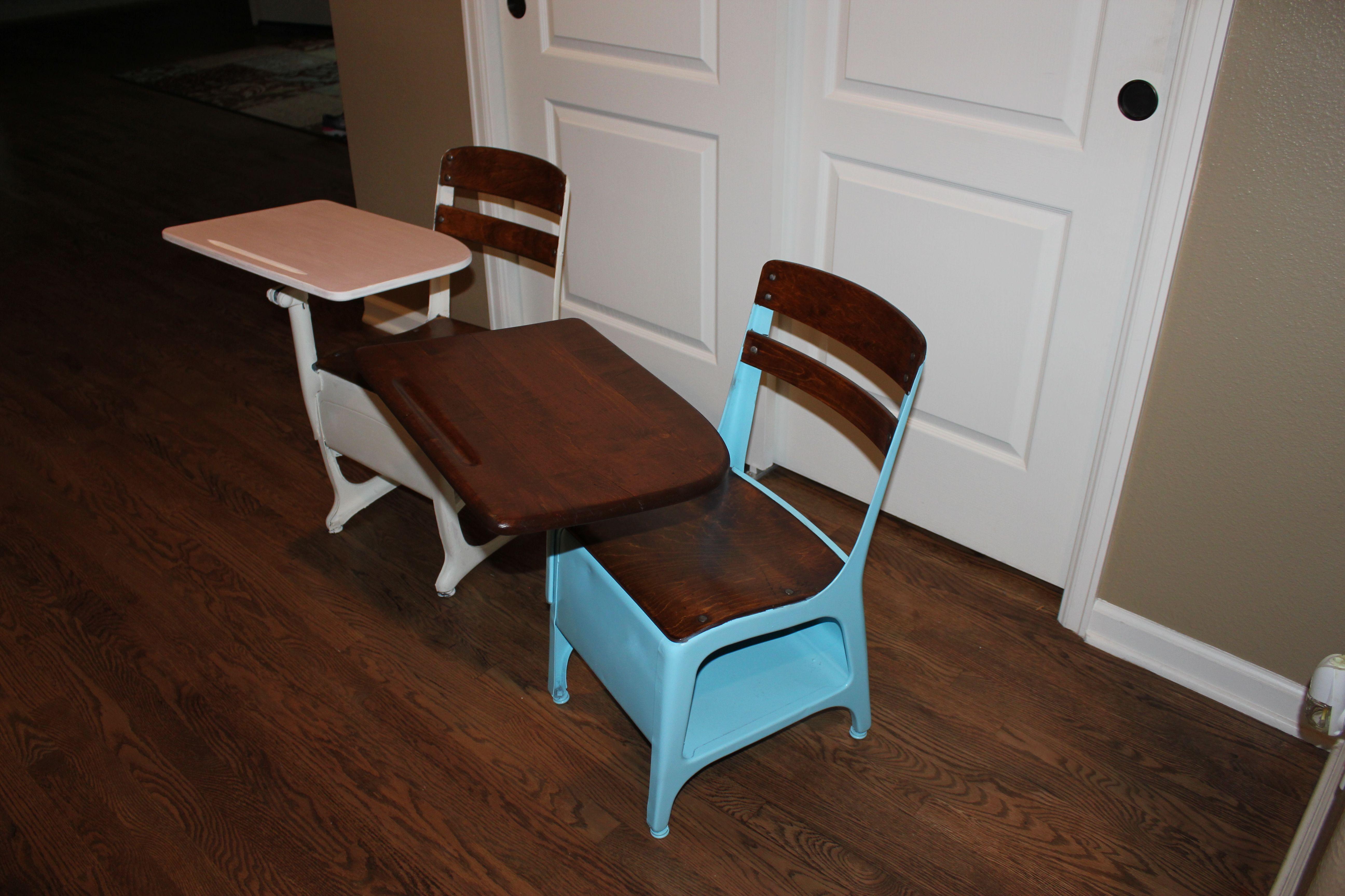 refinished kids school desks beachy everyday life. Black Bedroom Furniture Sets. Home Design Ideas