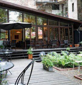 Restauracja Dynia W Krakowie Outdoor Decor Patio Home Decor