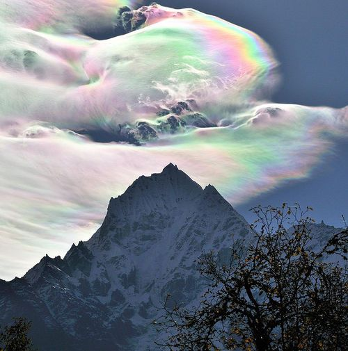 An Iridescent (Rainbow) Cloud in Himalaya / Flickr - Photo Sharing! (iridescant cloud,himilayas,awesome)