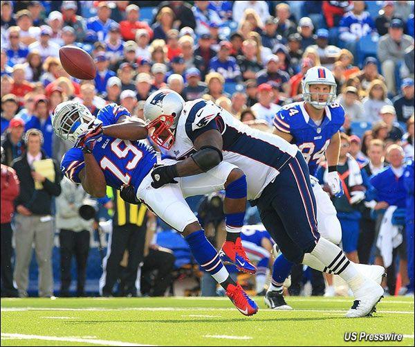 Big Hit By Wilfork On Donald Jones Football Hits Patriots Superbowl Champions