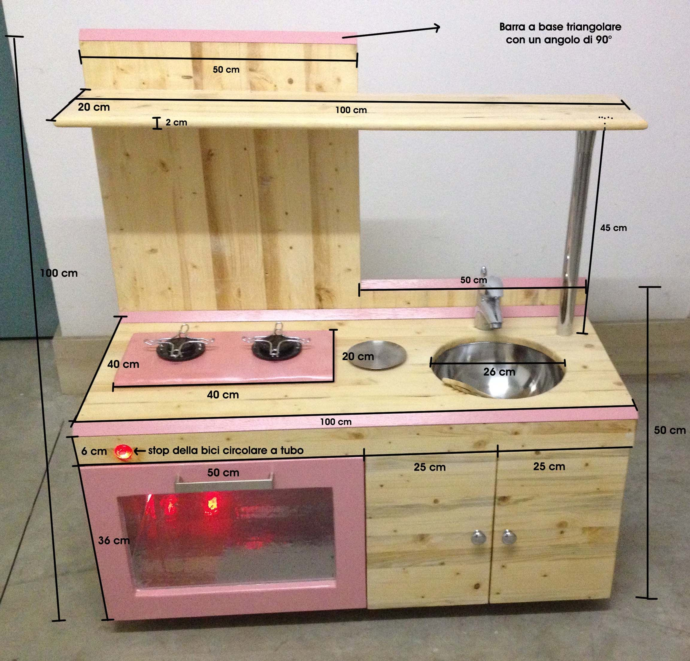 e costruire una cucina giocattolo in legno per i propri figli