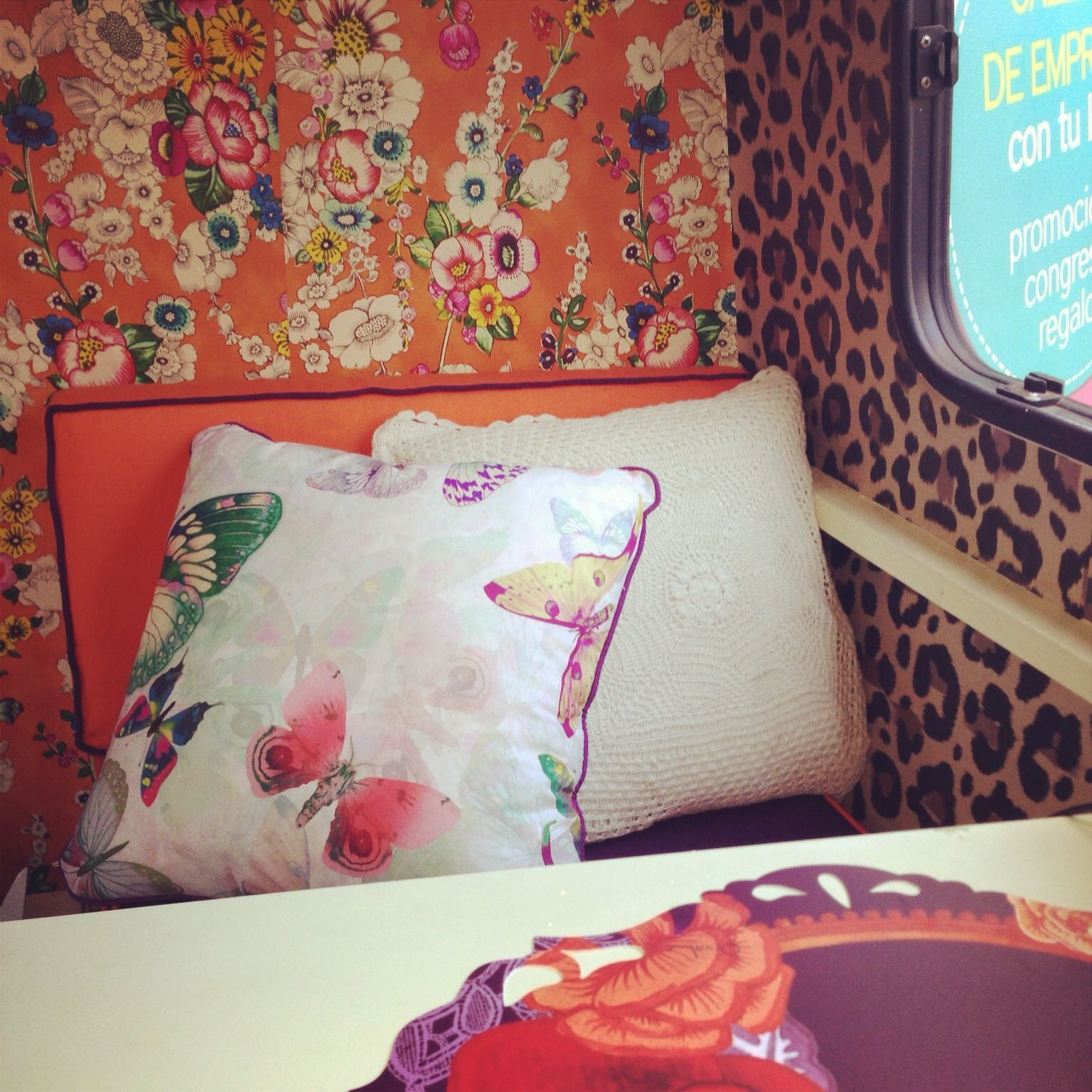 Interior caravana decoraci n caravanas pinterest vintage trailers - Decoracion interior caravanas ...