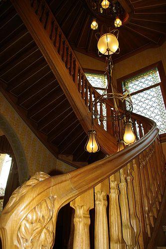 Art Nouveau - Villa Demoiselle - Reims - Intérieurs - Rampe d - escalier interieur de villa