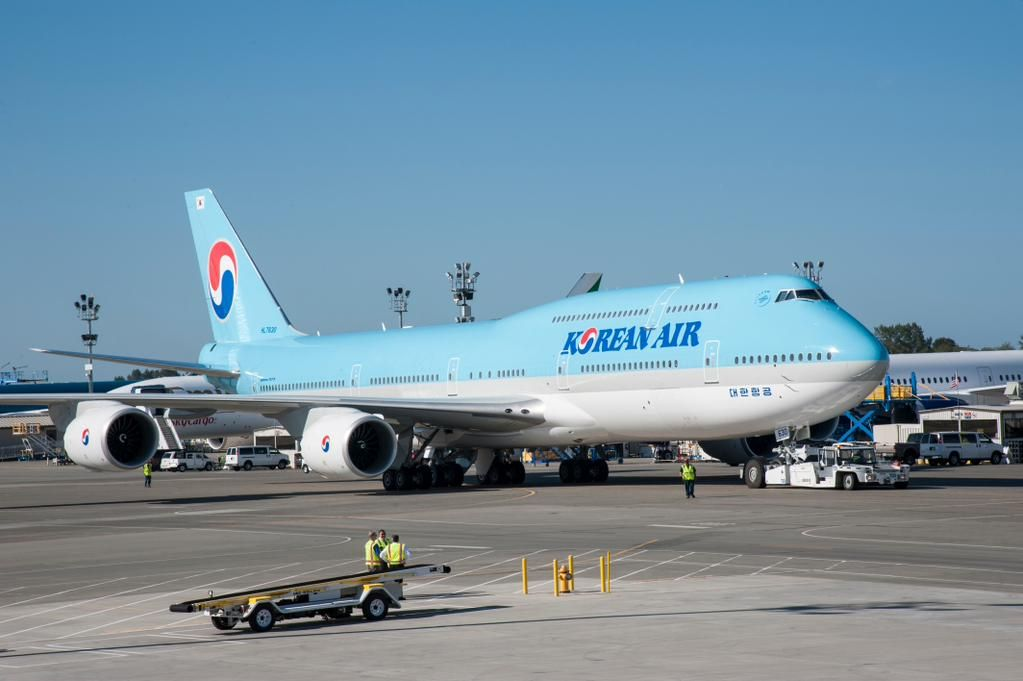 ICYMI: @KoreanAir_KE is latest airline to get @Boeing's newest, biggest 747 (PHOTOS) http://usat.ly/1NSwiV4 #avgeek