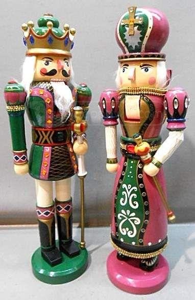 Nutcrackers – King and Queen | Nutcrackers - Cascanueces ...