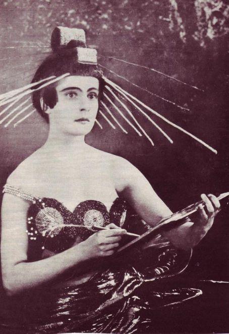 Rare film classics SILENT talkies TV on DVD: Aelita - Queen of Mars (1924) Silent Russian Science-Fiction film classic!
