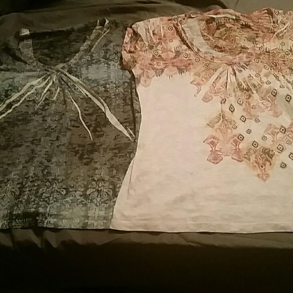 Bundle of 2 shirts Reposhing bc I thought I ordered an XXL and  both are xl. I love these shirts but unfortunately I'm too top heavy for them.. Maurices Tops Tees - Short Sleeve