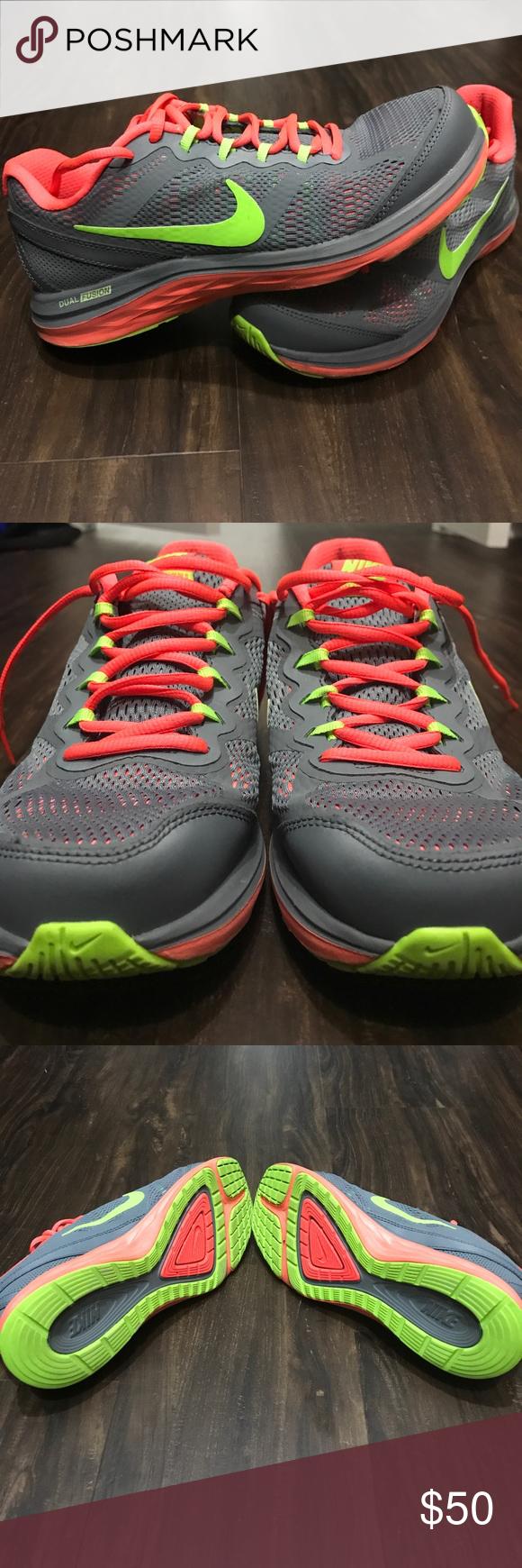 Nike Dual Fusion Sneaker Tennis Shoe Nike Dual Fusion Tennis Shoes Sneakers Green Nike Shoes