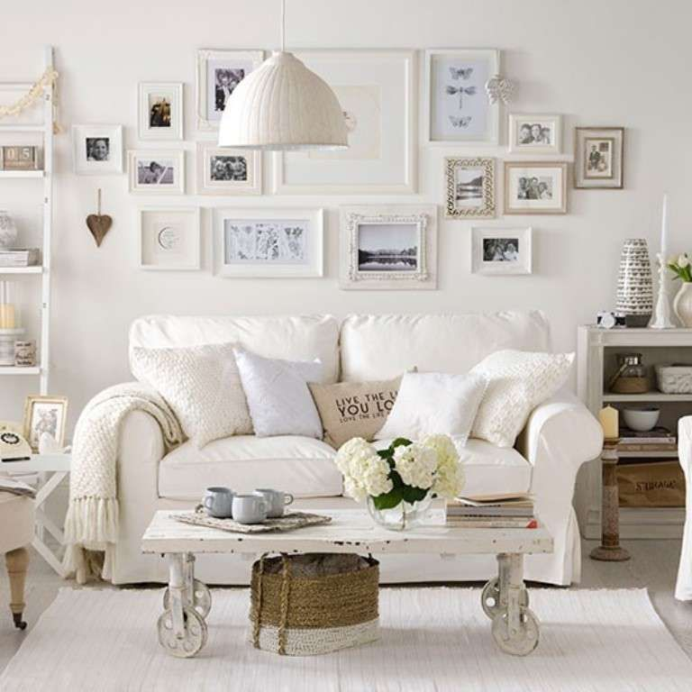 Idee per arredare un soggiorno in stile shabby chic
