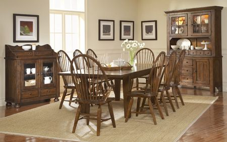 Broyhill Attic Heirlooms Dining Table China Cabinet And Sideboard Except With Ladder Back