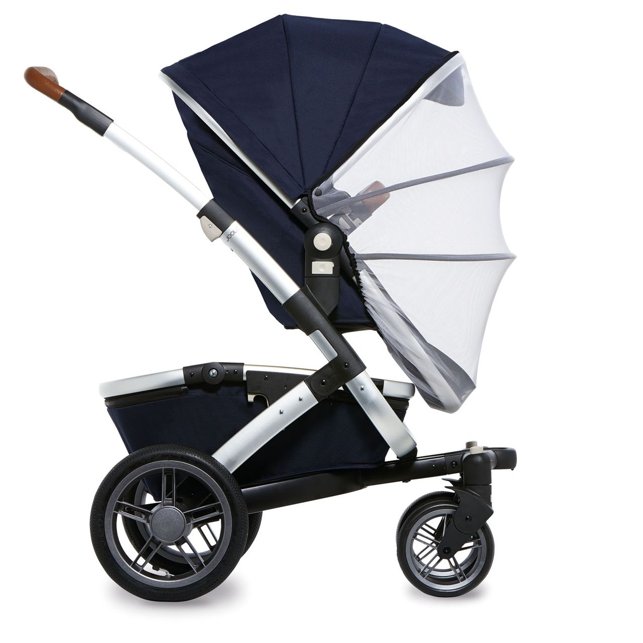The Joolz Mosquito Net fits the Joolz Geo Carrycot and