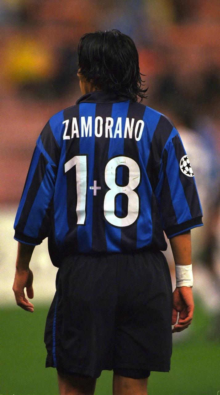 reputable site 2e534 2942d Ivan Zamorano (1+8)   •• Football ••   Football fans ...