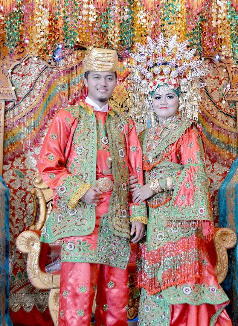 e4ebdc6936 indonéz esküvő,,esküvői szokások,esküvői tradíciók,tradicionális esküvő, esküvői…