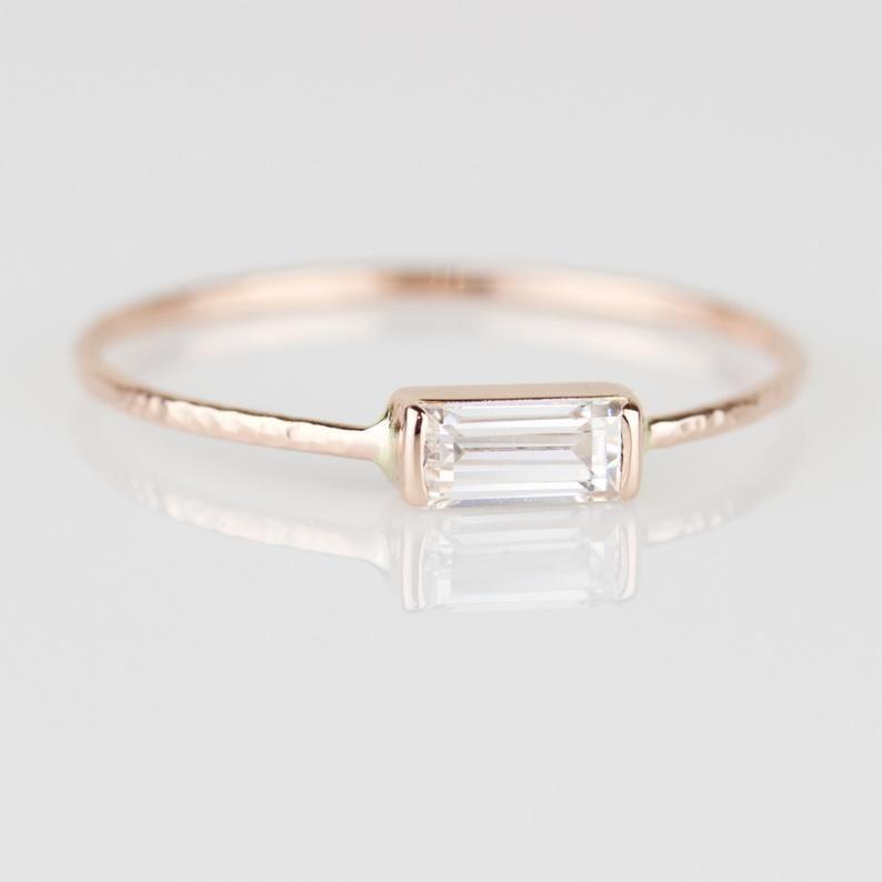 Photo of SOLID Gold CZ Baguette Ring | 14k Rose oder weiß oder Gelbgold | Antike Vintage-Stil-Ring | Horizontale Baguette Ring | Kubischer Zirkonia-Ring